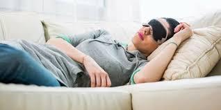 У людей, которые спят днем, лучше когнитивное здоровье