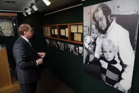 Открылась выставка к 50-летию присуждения Нобелевской премии Солженицыну