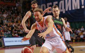 «Самара» празднует чемпионство в баскетбольной Суперлиге