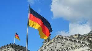 Германия смягчила условия въезда для россиян
