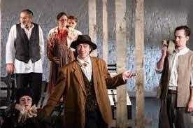 В новом сезоне Малый театр покажет «Идиота», «Петра I» и «Ретро»
