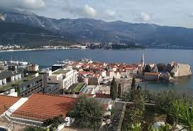 Черногория вводит ограничения на въезд, но делает это максимально гуманно