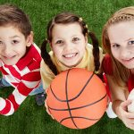 Занятия физкультурой — основа физического воспитания ребенка с раннего возраста