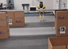 Двуногий робот Cassie научился проходить под низкимм препятствиями