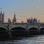 Великобритания облегчает и удешевляет тестирование иностранцев по прилете